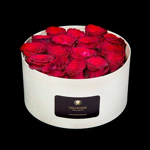 cajas de madera rosas rojas