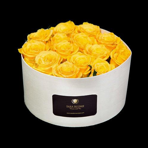 caja de madera rosas amarillas