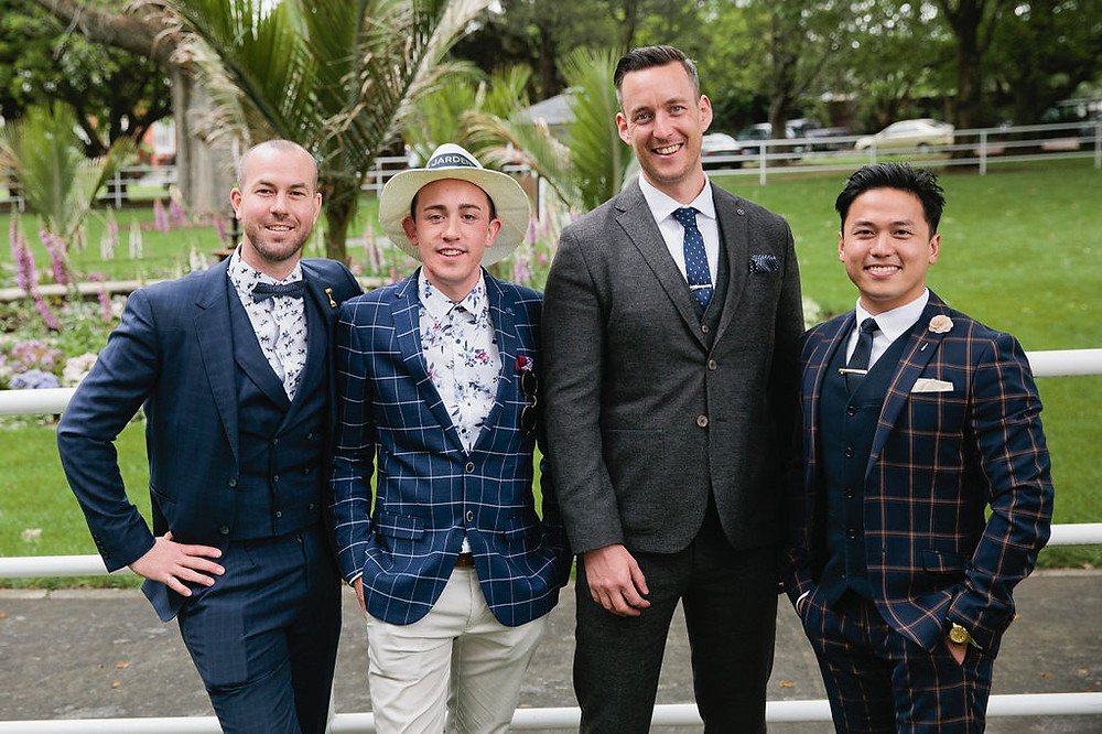 Men's racing fashion   What should guys wear to the races