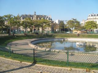RATDOWN et l'opération Ratatouille sur la place d'Italie à Paris
