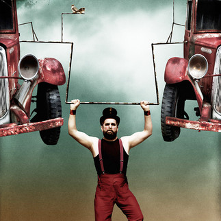 Circus-02.jpg