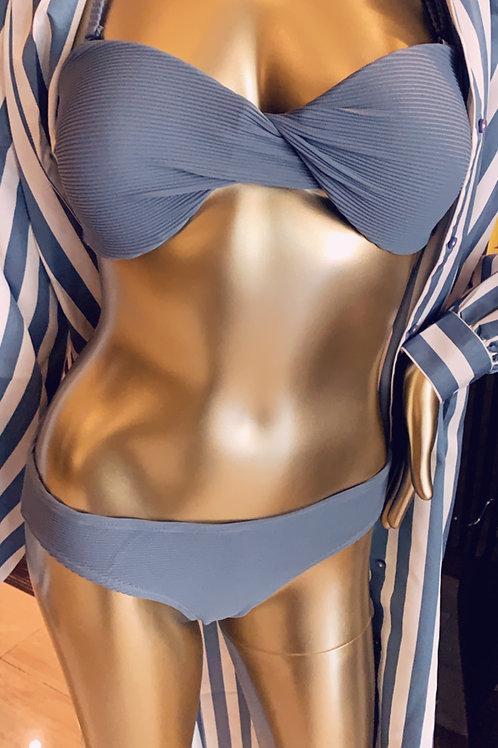 Issa (bikini)