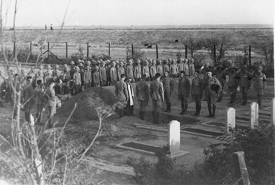 AC1 David Oldfield's burial at Hinaidi RAF Peace Cemetery 1930