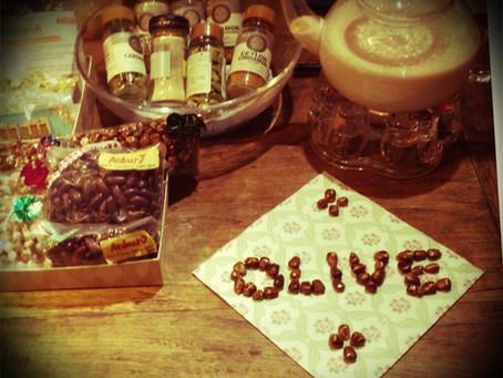 OLIVEのハイティーアワーは明日ですよ!
