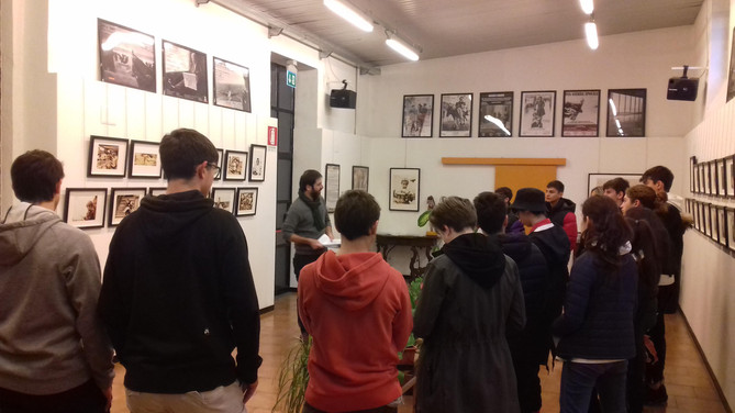 """here at """"la Casa di Vetro"""" some students of the Isos Albe Steiner for a guided tour by the curator A"""