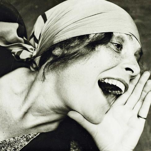 """Lilya Brik, 1891 – 1978, definita dal poeta e politico cileno Pablo Neruda """"musa dell'avanguardia russa"""""""