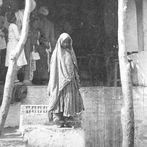 Ritratto di bambina Bhil