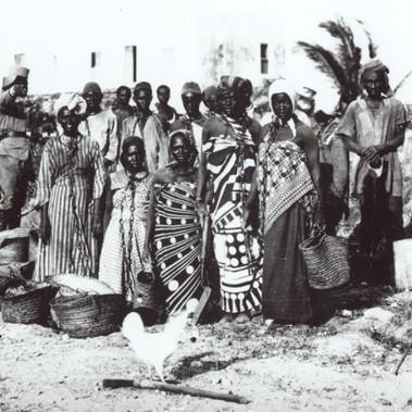 Gruppo di schiavi con catene