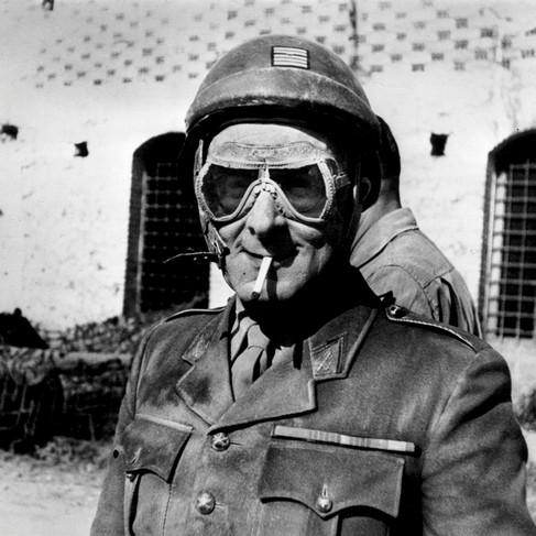 Il colonnello Zeller, capo dell'O.R.A. (Organisation de Resistance de l'Armee - Organizzazione di Resistenza dell'Esercito) per il settore delle Alpi