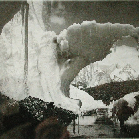 Laghetto glaciale sul Baltoro