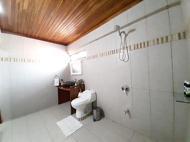 Baño Pacifico Room (3).jpeg