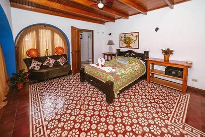 Garden View Suite Hotel Luna Inn B&B.jpg