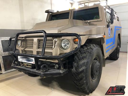 """""""ТИГР"""" - отечественный бронеавтомобиль"""