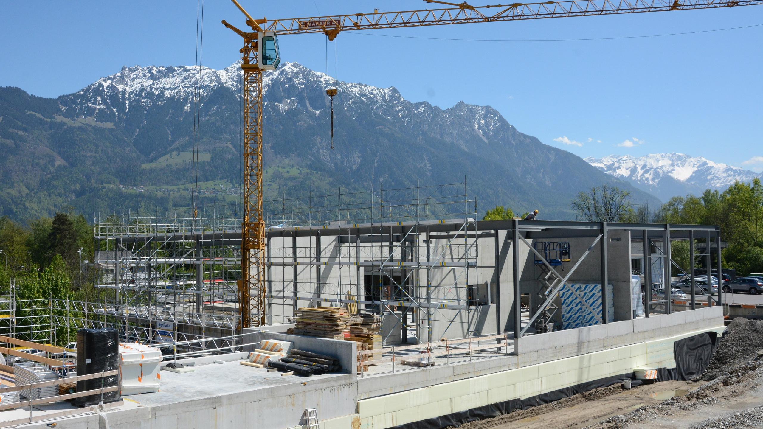 Stahlbau Garage Oehri AG