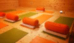 Regenerativna joga_soba.jpg