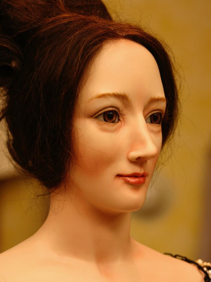 Anne Boleyn face