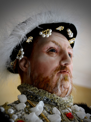 Henry VIII head & shoulders