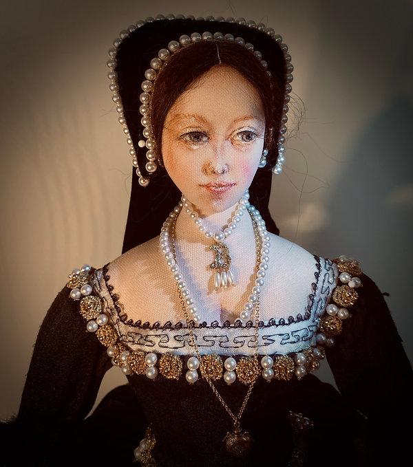 Anne Boleyn head & shoulders
