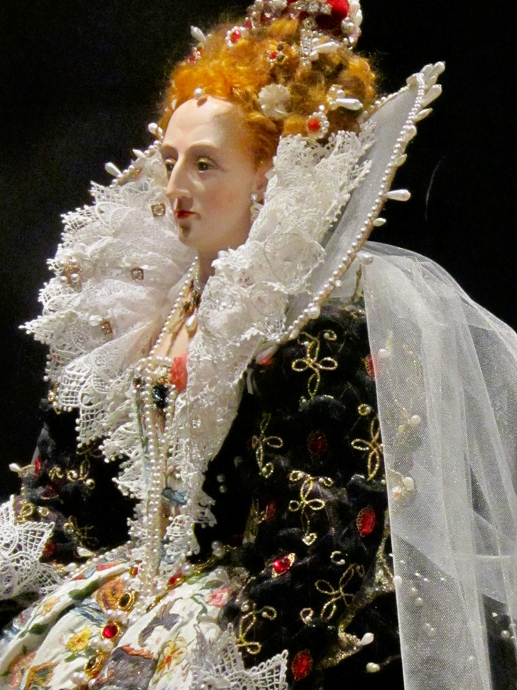 Elizabeth I - Hardwick dress