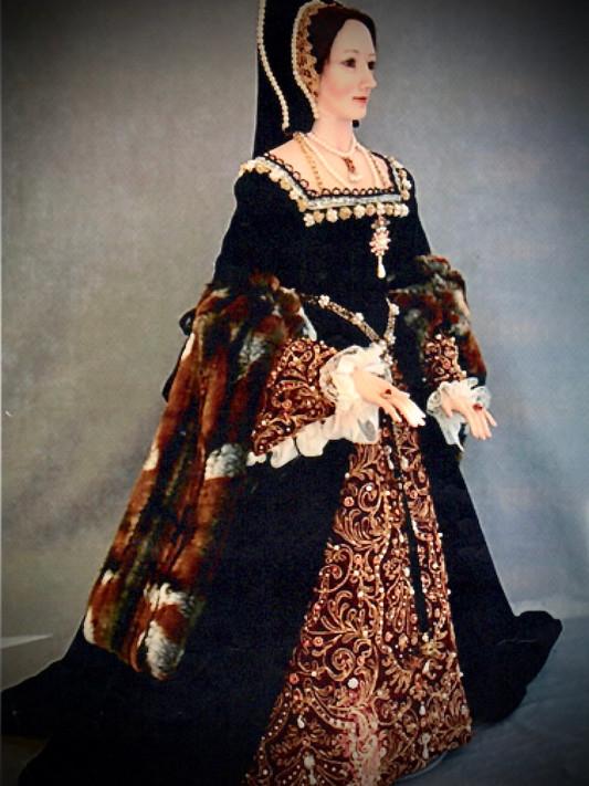 Anne Boleyn full length