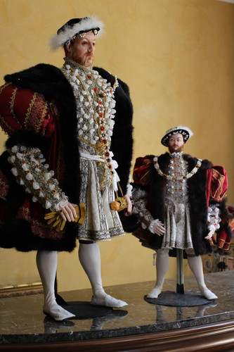 Henry VIII porcelain & Fabric