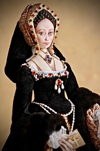 Catherine of Aragon 1/2 length