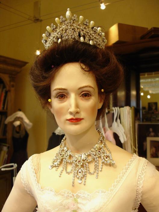 Czarina head & shoulders underclothes