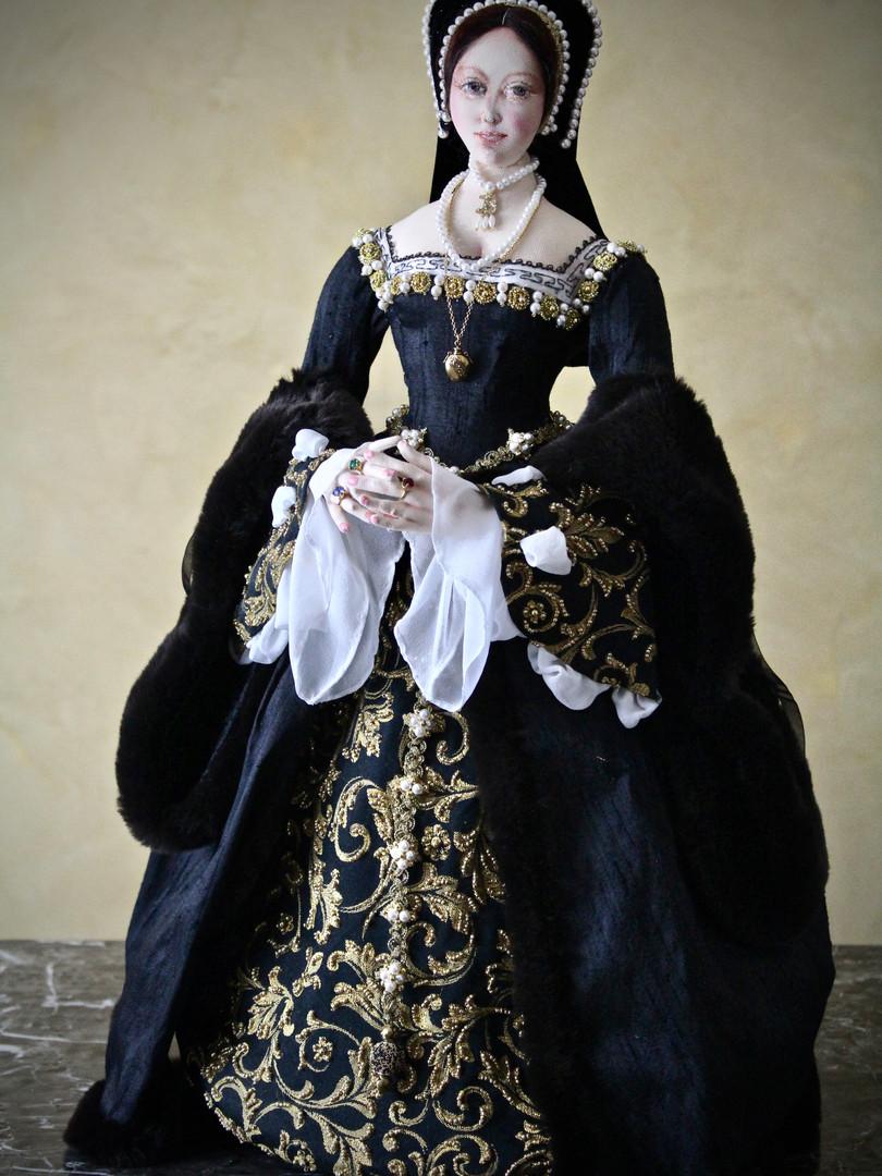 Anne Boleyn full portrait