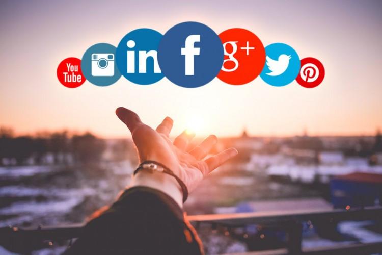 réseaux sociaux #reseauxsociaux #digital @boostcall_agency