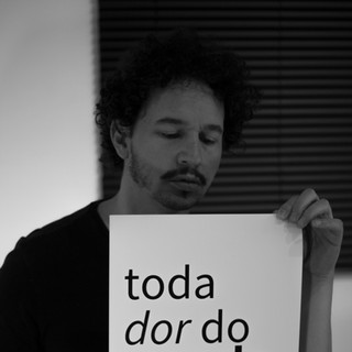 Toda Dor do Mundo - Photo Cartaz 7.jpg