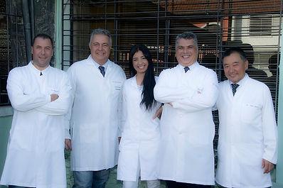 Dentistas especializados em Implantes, Cirurgia Buco-maxilo, Endodontia