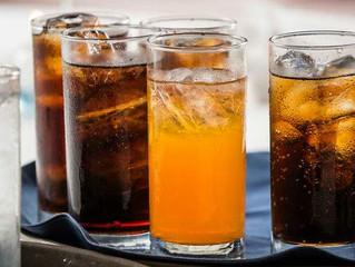 El Gobierno subirá el IVA de las bebidas azucaradas hasta el 21% el próximo año