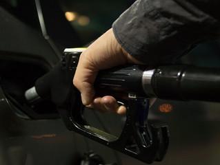 La gasolina vuelve a subir, cómo puedes evitar malgastarla esta Semana Santa