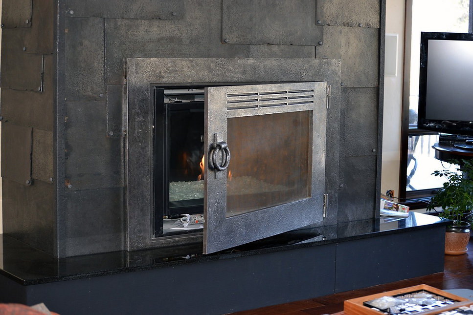 custom-design-ironwork-fireplace-doors-R