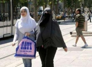 La burqa dans nos sociétés contemporaines