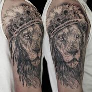 LionCrown copy.jpg
