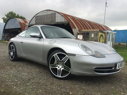 Porsche 911 Carrera 4 2001