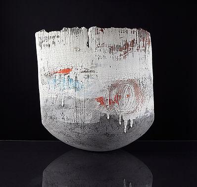 lesley mcinally ceramic vessel