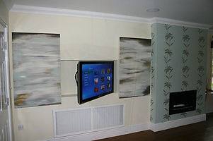 Automated Split Picture Media Wall