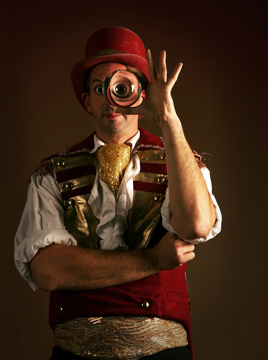 Ringmaster Crystal Ball