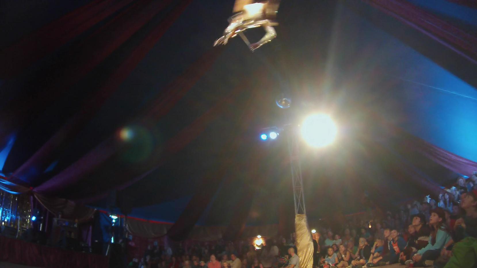 Aerial Violin (Musical Glitterati).mp4