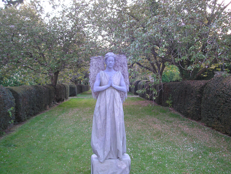 Stone Angel Human Statue