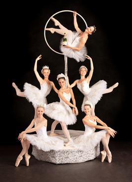 La Luna Ballet - Champagne Service