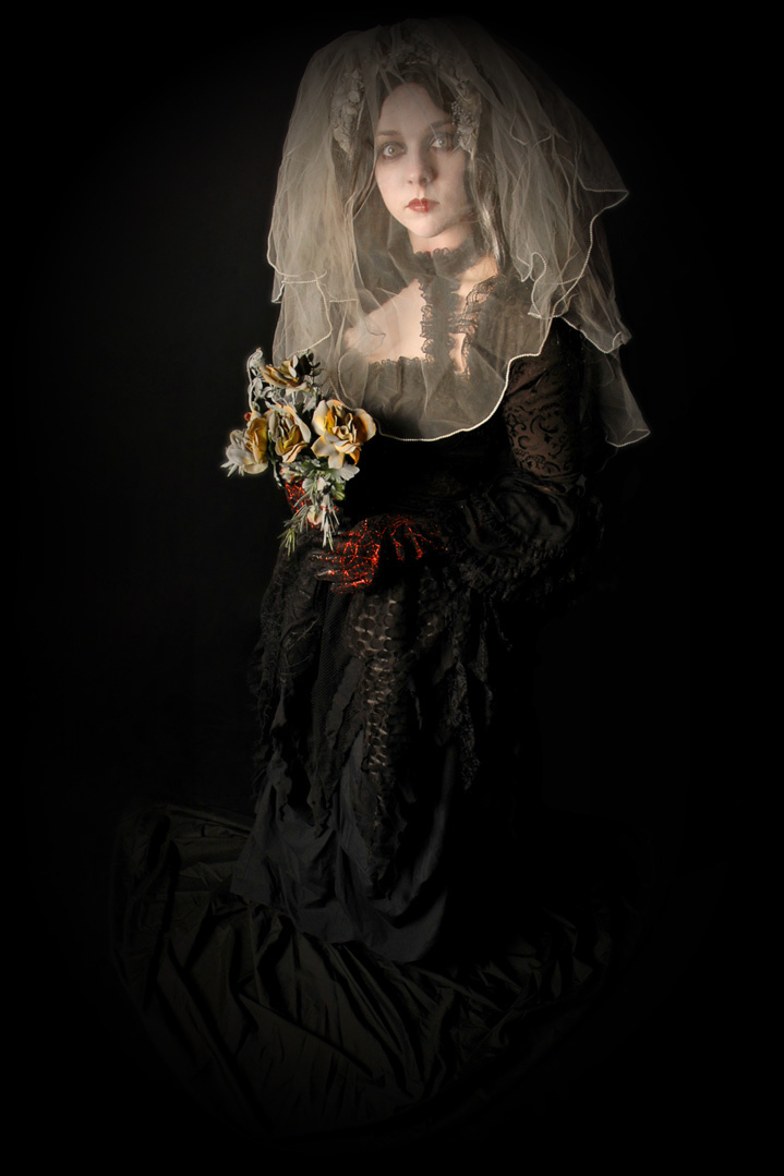 The Dark Bride Human Statue