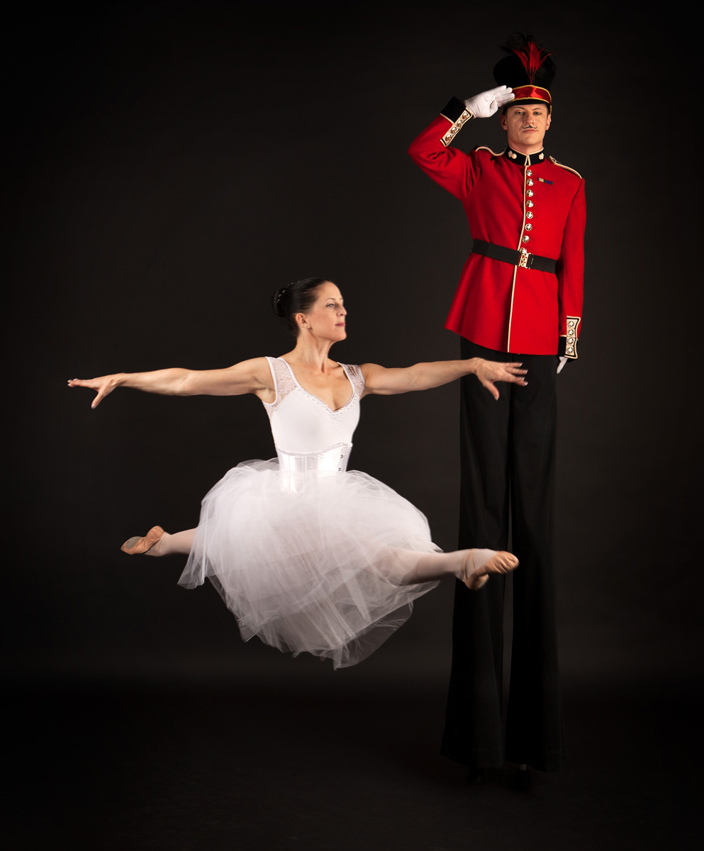 Nutcracker Toy Soldier & Ballerina (1)