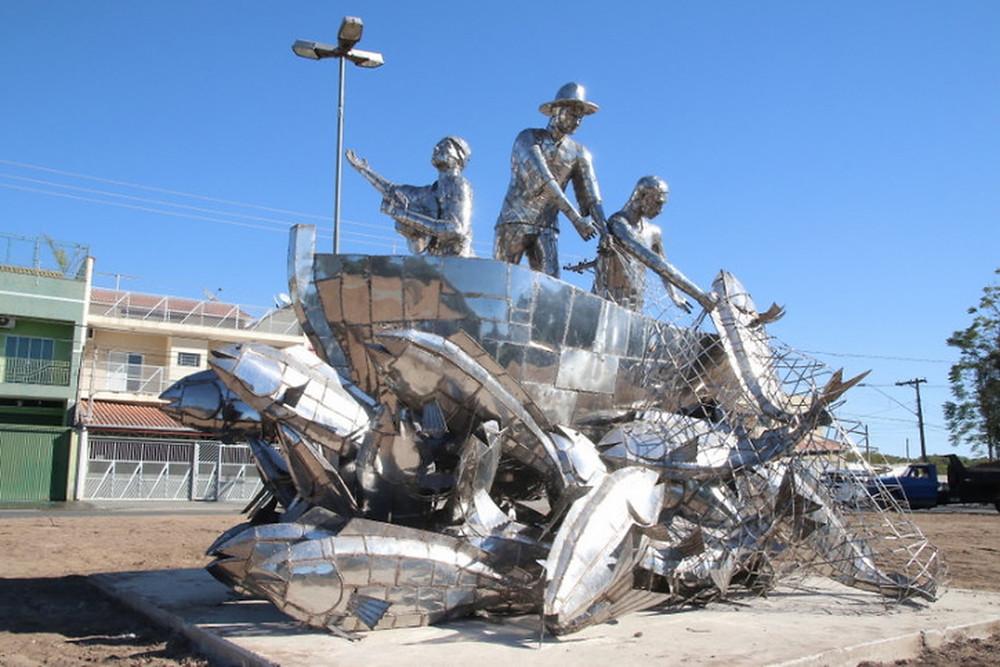 Monumentos representam milagres atribuídos à Nossa Senhora — Foto: Divulgação / A12