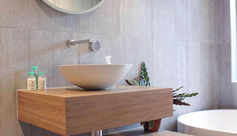 Inka_Interiors_Design_Herston_Main_Bathr