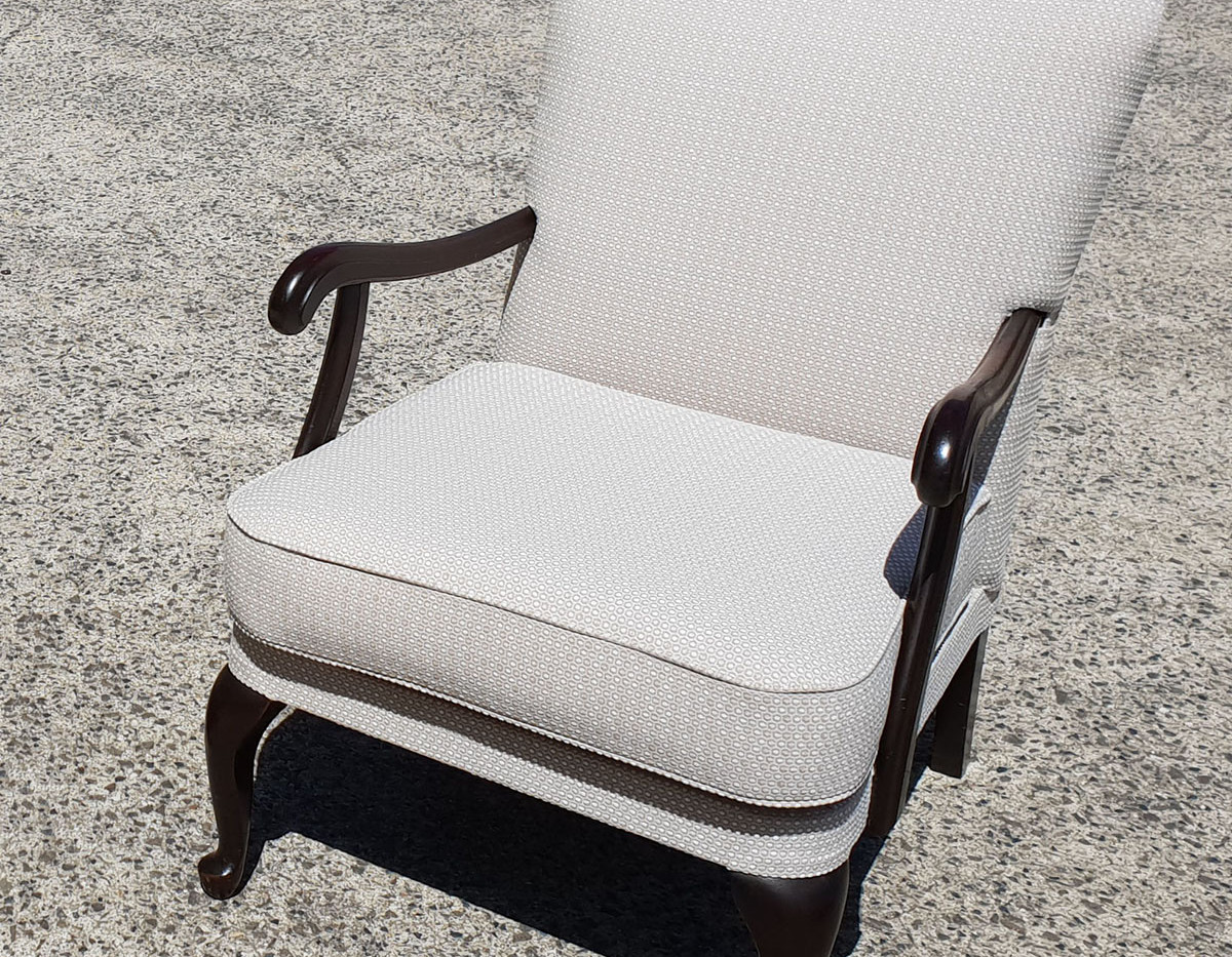 woodwards_upholstery_pale_grey_arm_chair