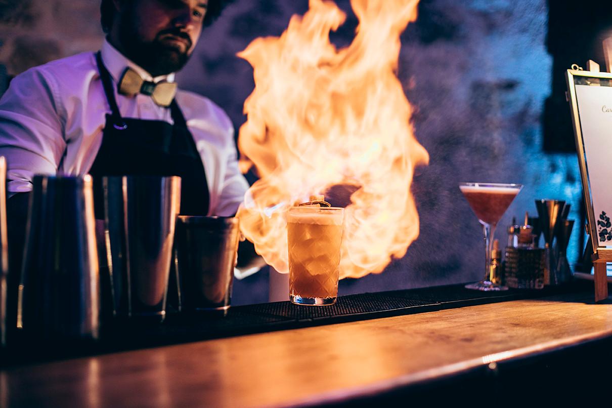 Enflammez le bar avec Douce ivresse