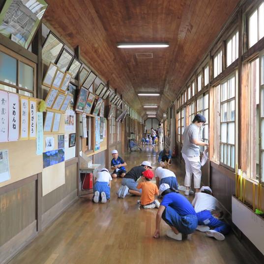 浦里小の校舎を大切にする日